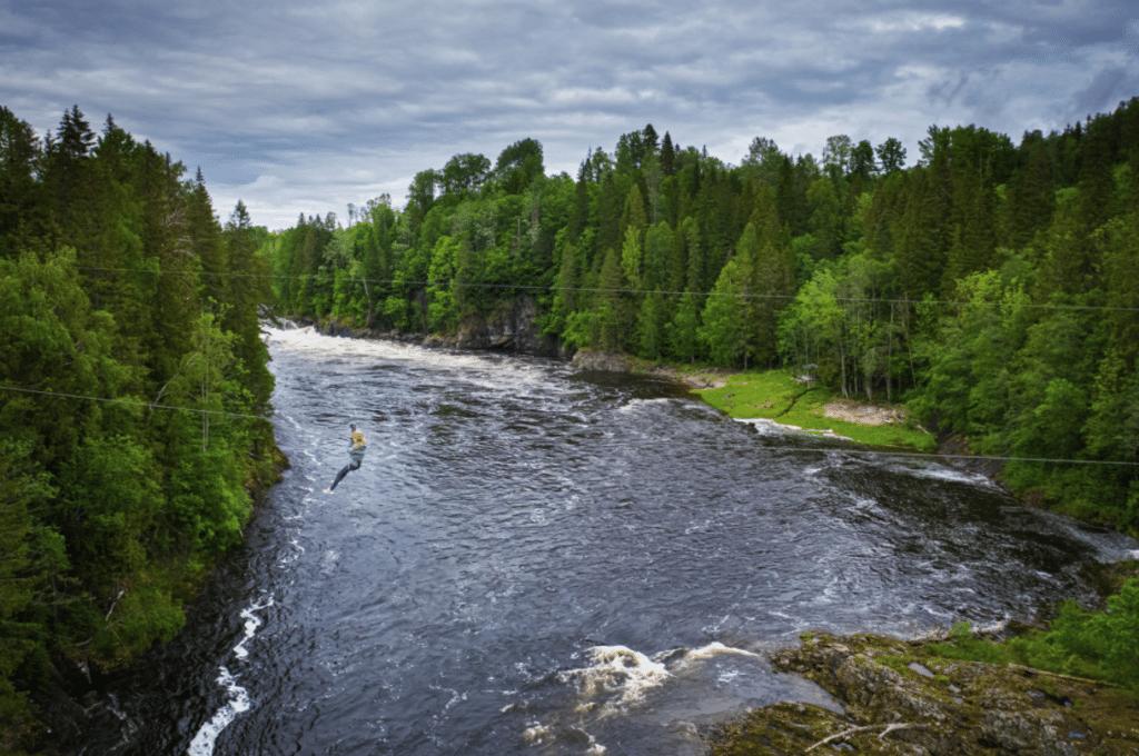 Zipline over Lågen Høyt & Lavt Vestfold